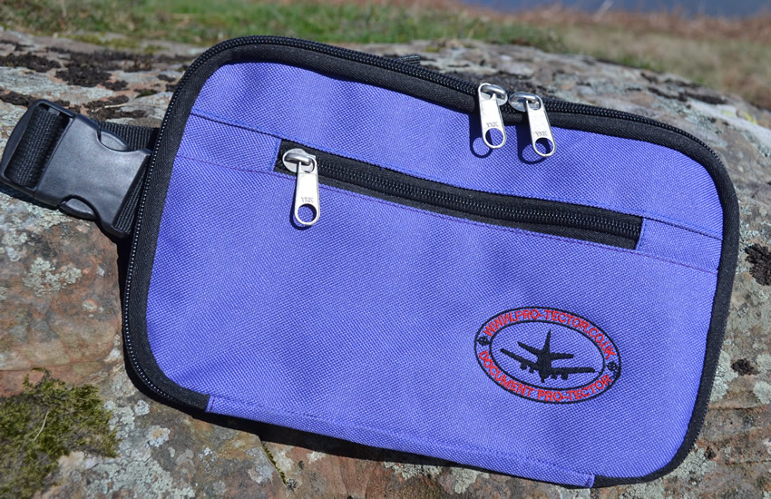 travel-pouch-blue